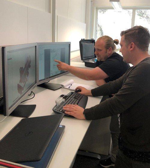 Picture (left): Engineer Thomas Poulsen Hansen and draughtsman Kristian Fredrik Nordaas